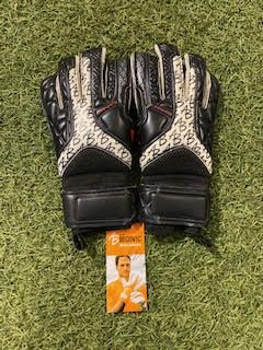 ab1 impact uno surround pro goalkeeper gloves  3  37388 p